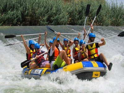 Rafting with paella and open bar in Cieza 4h