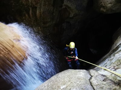 Na Mora ravine descent and boat trip 6-hour