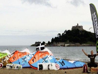 Pasty Adventures Kitesurfing