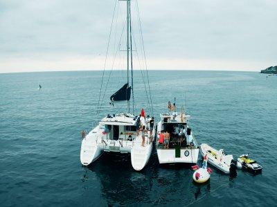 Sailboat ride with skipper through Gijón 3 hours