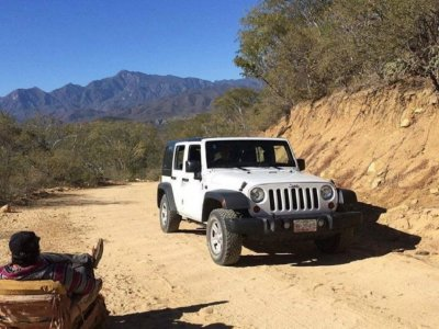 4x4 route and restaurant meal in Benidorm 6 h