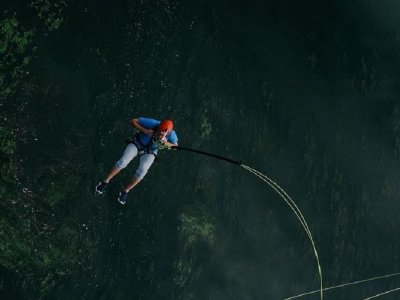 Bungee Jumping from 30 meters in Villena