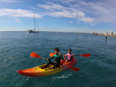 Double kayak rental and paddles in El Campello 2h