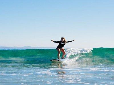 Private surf lesson at Muchavista beach 3 h