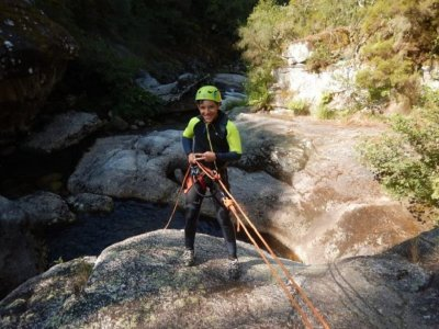 Canyoning in Almofrei river 3 hours level 1