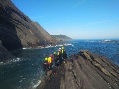 Coasteering in Costa da Vela 3 hours initiation