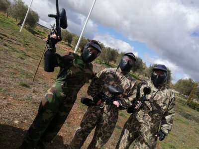 Paintball game with 400 balls in Padul