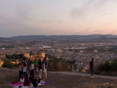 Interactive guided tour of the city of Granada