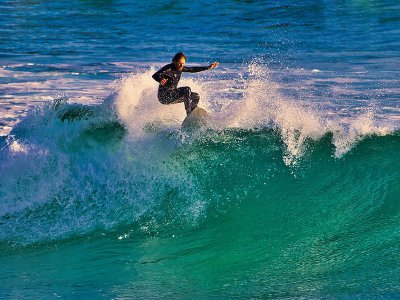 Surf equipment and wetsuit rental in Corrubedo 2h