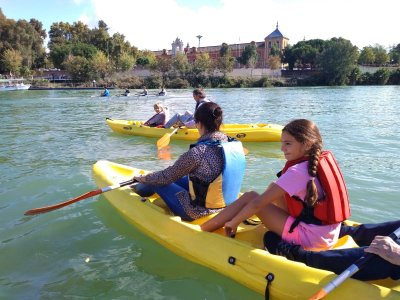 Kayaking route children in Guadalquivir river 2 h