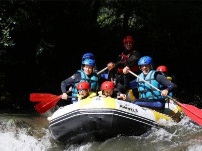 Rafting to the Noguera river in Port de Suert kids