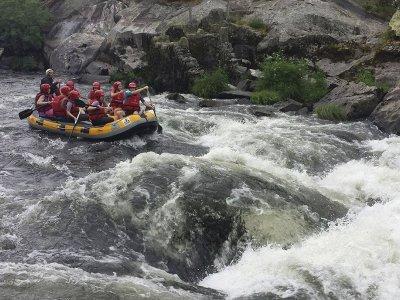 Rafting in the Deza river in Pontevedra 8 km