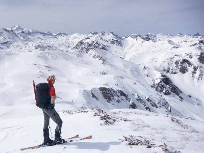 Snowshoeing at Peygeret peak in Pyrenees