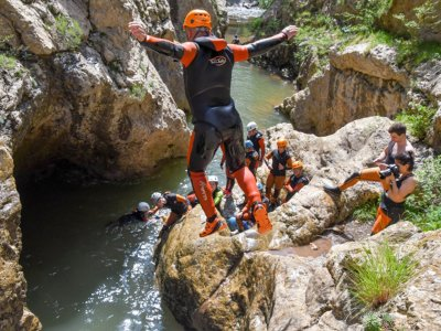 Canyoning in the Blanco river canyon in Calomarde