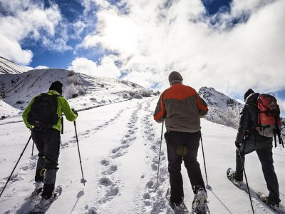 Snowshoeing route in the Ordesa Valley in Torla