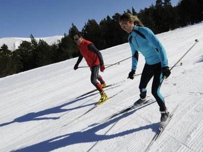 Cross-country skiing in Pineta Valley in Bielsa