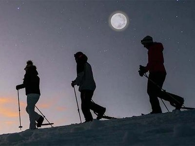 Snowshoeing with a full moon Benasque valley