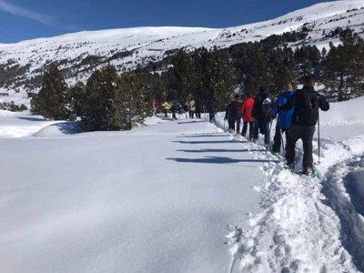 Snowshoeing in Llacs de Passons in Encamp 3h