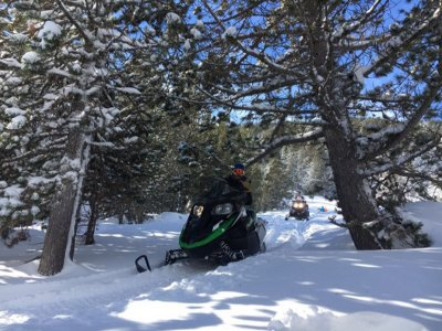 Two-seater snowmobile route in Encamp 1 hour