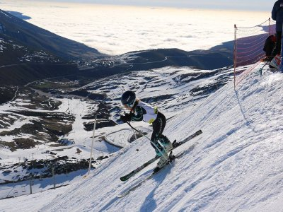 Ski equipment rental in Alto Campoo adult 1 day