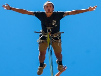 Bungee Jumping in Poveda de la Sierra 1 hour