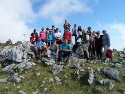 Hiking route to Pico de Abantos 4 hours