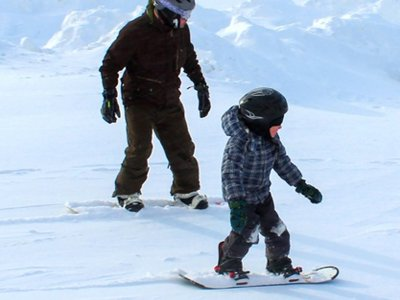 Children's snowboard school in Candanchú 5 hours