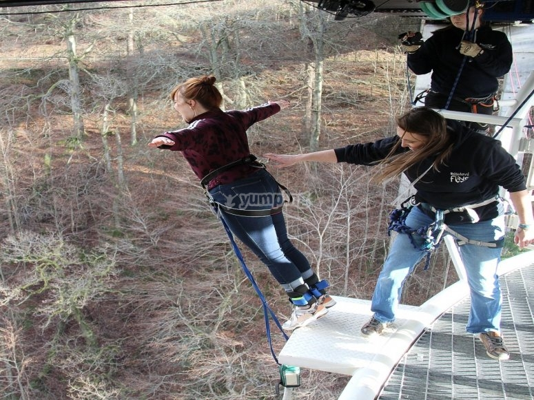 Bungee in the winter