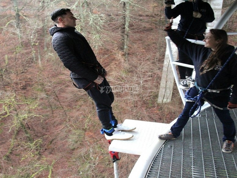 Solo bungee jump