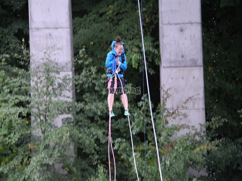 Swinging River Garry