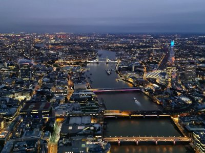 Helicopter tour over London 60 minutes