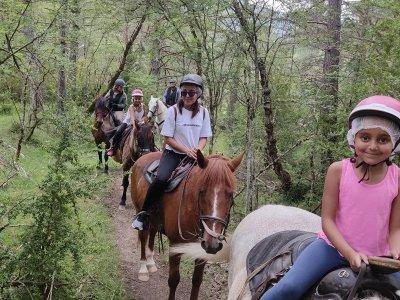 Horse riding through Villanovilla 1 hour Initiation