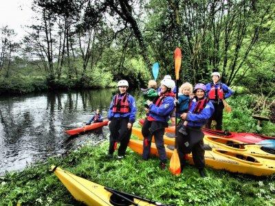 Sea kayaking Dartmouth for half a day children
