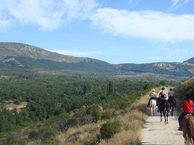 Horseback riding to a hermitage 3 hours High Level