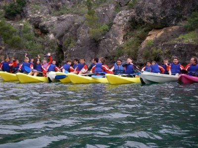 Route on canoe Canyon of the river Guadiela 2h