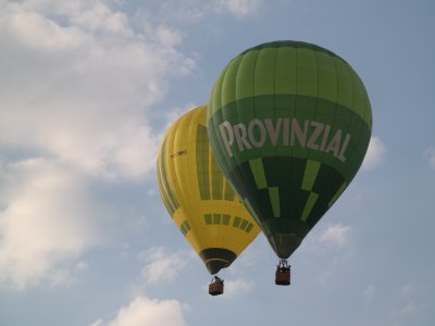 Balloon flight with lunch and photos in Aranjuez