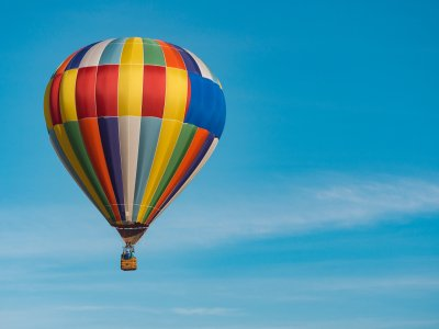 Balloon flight for children and picnic in Segovia