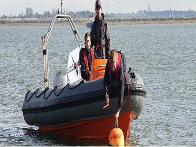 Dart Harbour Sea School Powerboating