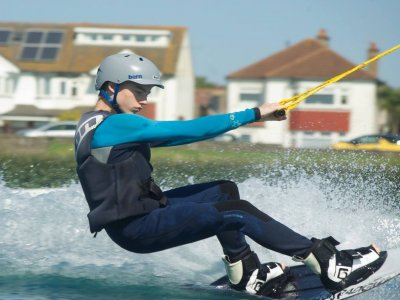 Exclusive Wakeboarding Class in Hove Lagoon for 1h