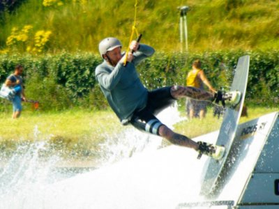 Beginner Wakeboard Lessons in Sussex for 4 days