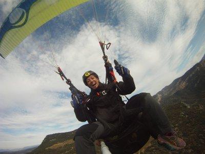 Paragliding flight in Igualada 4 people 25mins