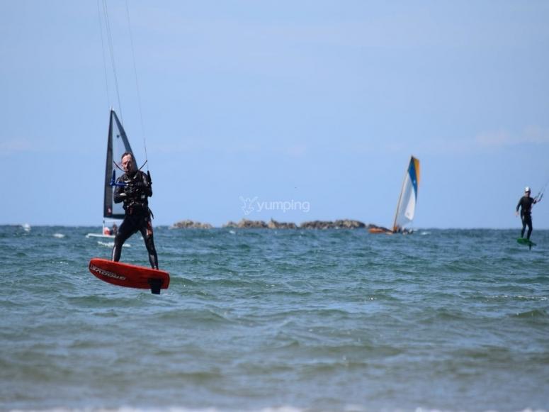 Kitesurfing in New Brighton
