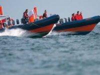 Powerboat along Brighton coast!
