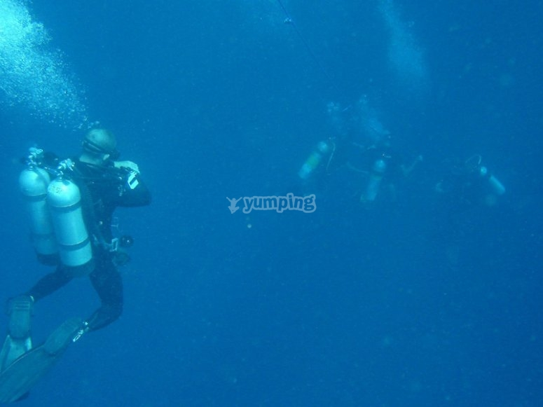 Learn about decompression diving