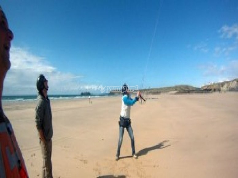 Learning to control the kite