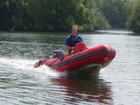 Experience the thrill of powerboating