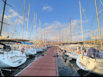 Club Yachting Vela