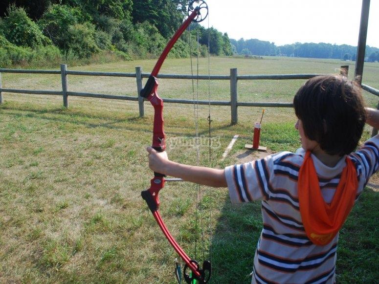 Holding the arrow