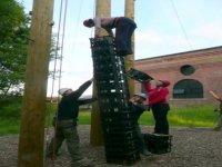 Crate balancing race