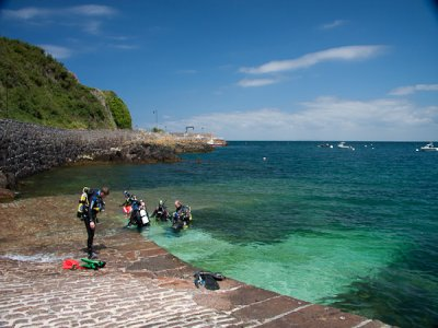 Bouley Bay Dive Centre